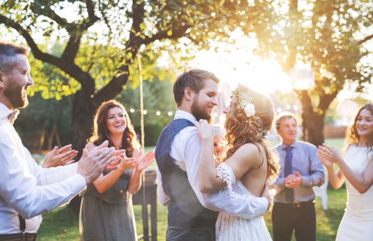 Comprar um imóvel ou fazer uma festa de casamento? Como escolher?