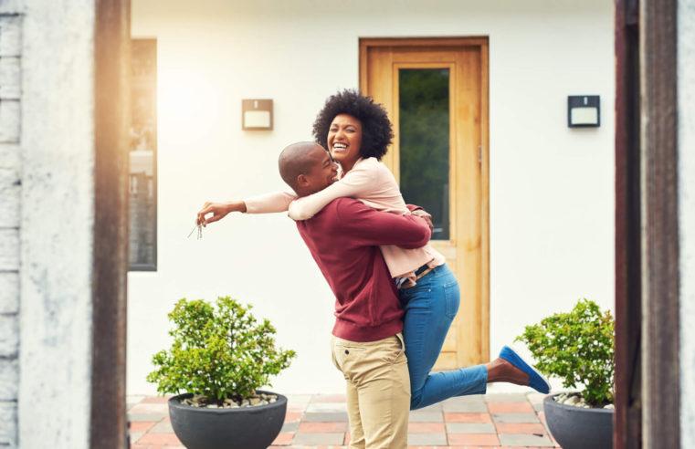 Imóveis para recém-casados: saiba como comprar o ideal!